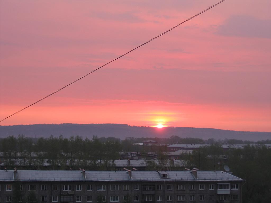 Встаёт рассвет над Ангарой. 22 марта 2008 г.