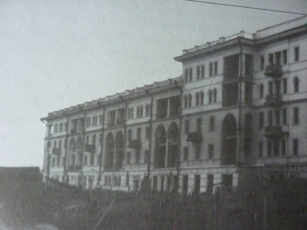 Строительство 53-квартирного дома на 9-й улице (Сибирских партизан)