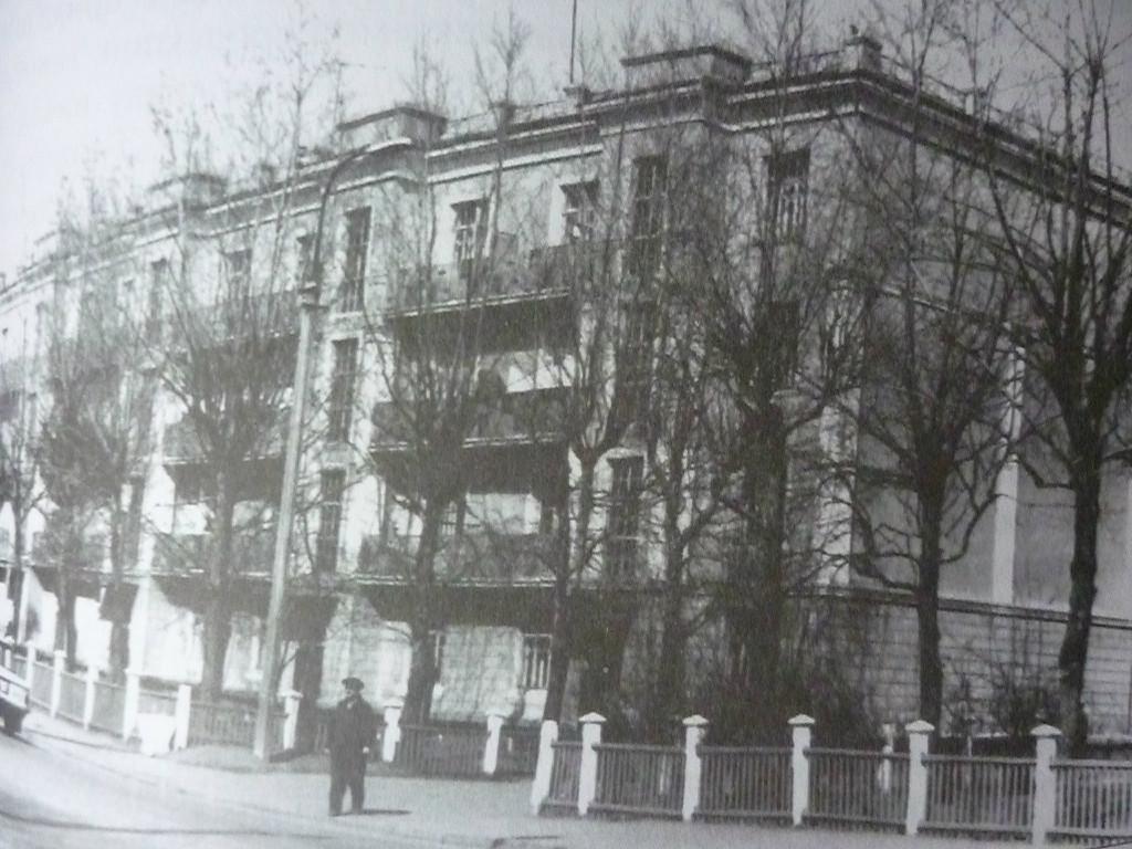 ул.Новаторов 22