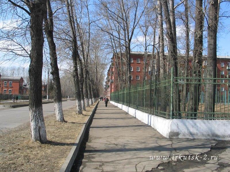 улица Авиастроителей(весна)