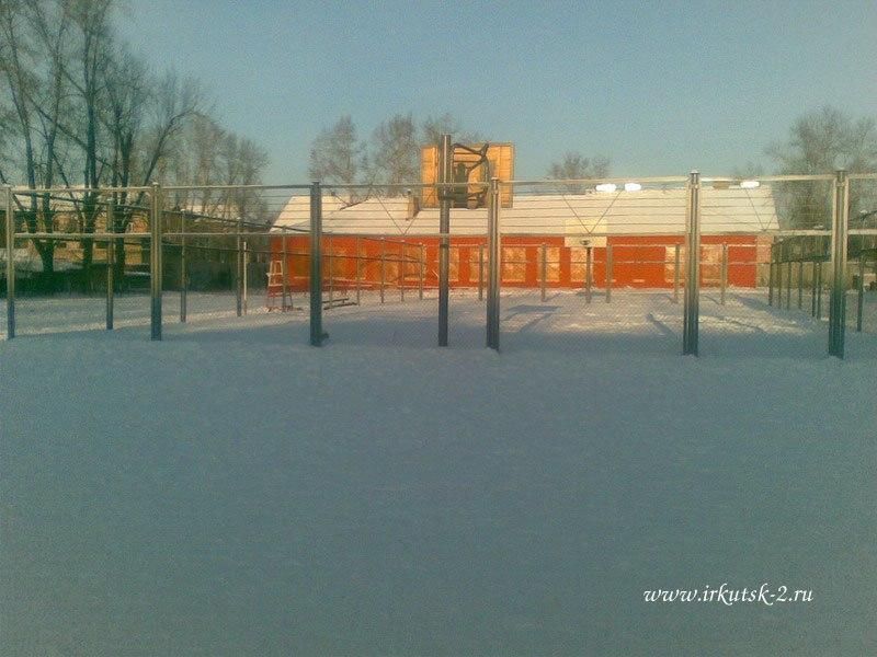 Задний двор школы №12