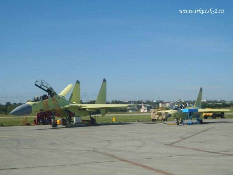 Су-30МК иЯк-130